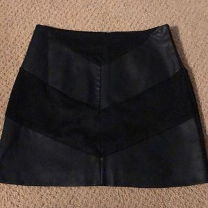 Forever 21 faux leather and suede miniskirt sz s